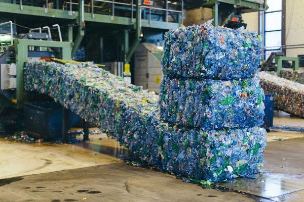 máy xử lý rác thải nhựa